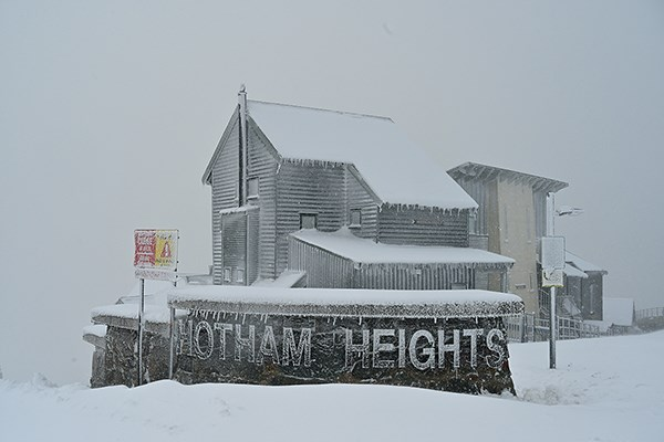 May Snow Hotham Heights