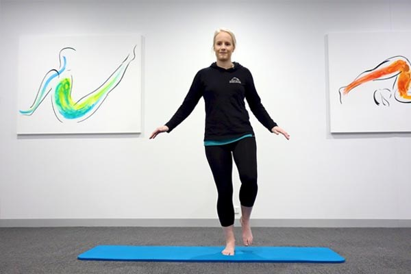 Single leg balancing exercise